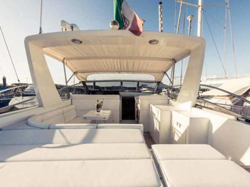 festa in barca (2)