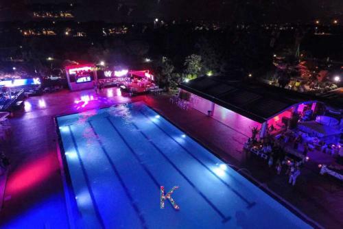kalimba-festa-piscina dall'alto