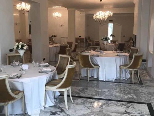 villa-delle-rose-(1)